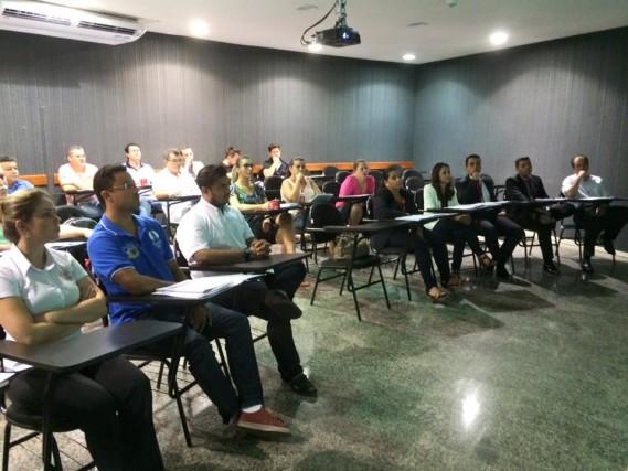 Docentes e tutores das sete Unidades participam do Encontro