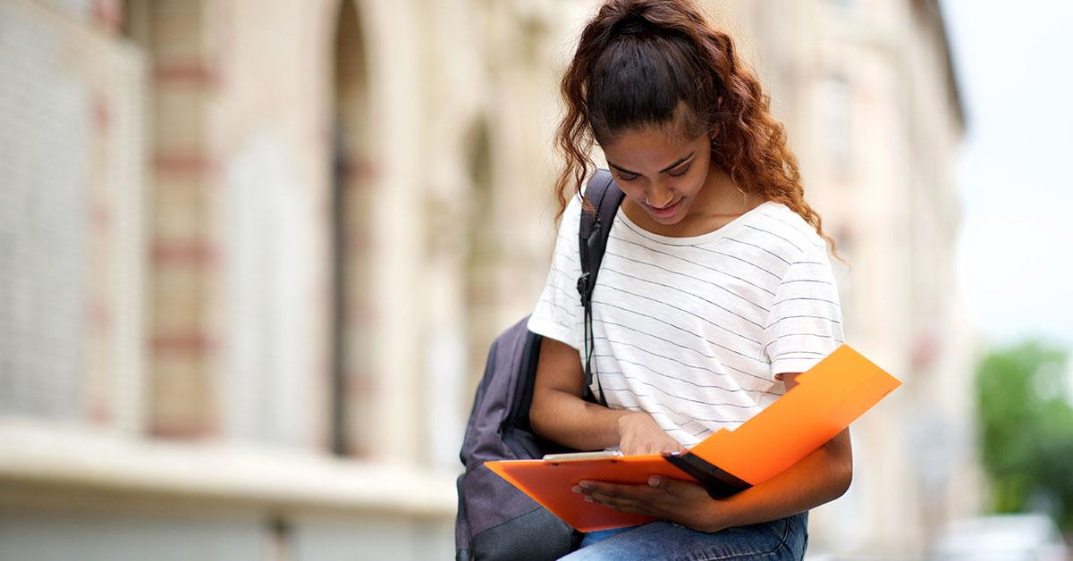 Descubra qual a importância do hábito da leitura na vida profissional e pessoal